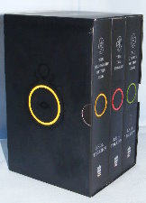 The Lord of the Rings. 1999/2001. Paperbacks. Issued in a slipcase.